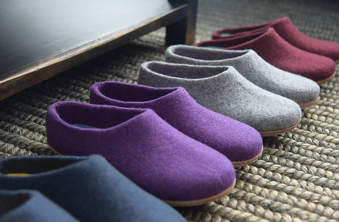Kyrgies - Handmade felt slippers