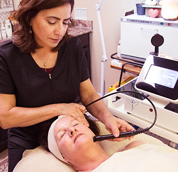 Radio Frequency uses electrical energy for skin tightening, is non-invasive and has almost no downtime.