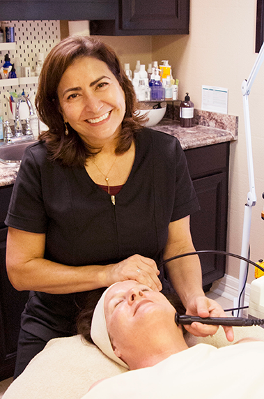Sandee Trevino, LE Facial Therapist