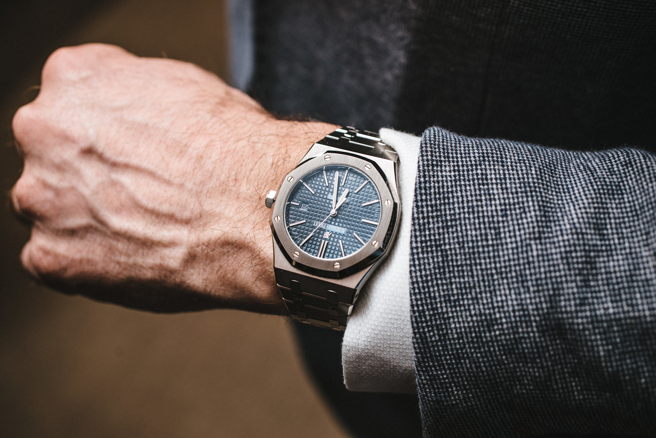 WatchesofInstagram knows how to pair a watch and blazer