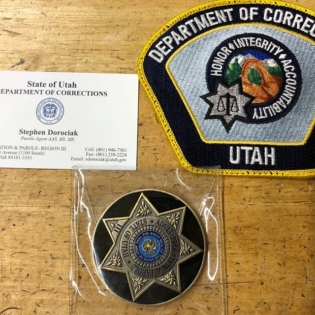 Stephen Dorociak from the department of corrections of Utah drop off his patch and pin#goldengatefortunecookiefactory #fortunecookie #peaceofficer #sheriffdeputy #sanmateocounty #Alamedacountysheriff #sanmateosheriffsoffice