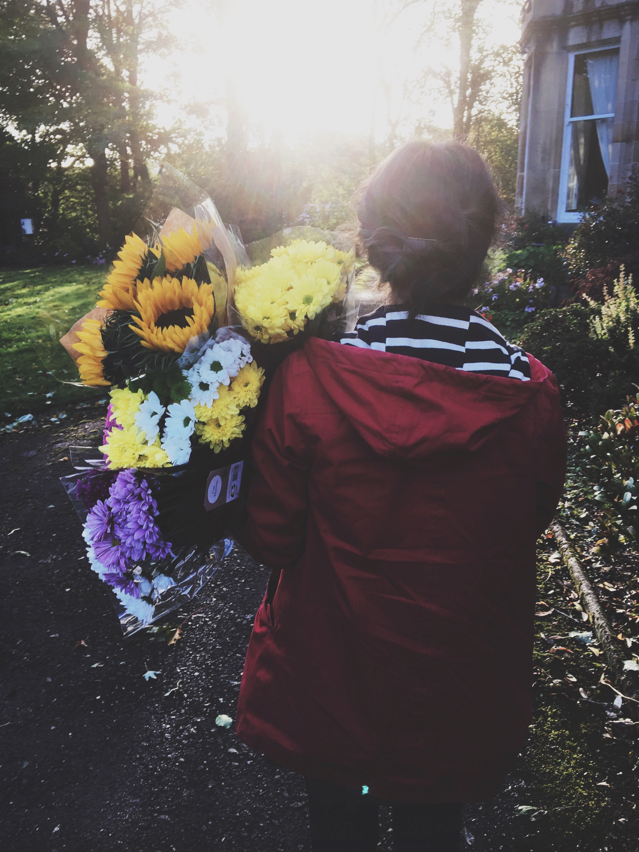 somethingnoticed-flowers-light-redcoat