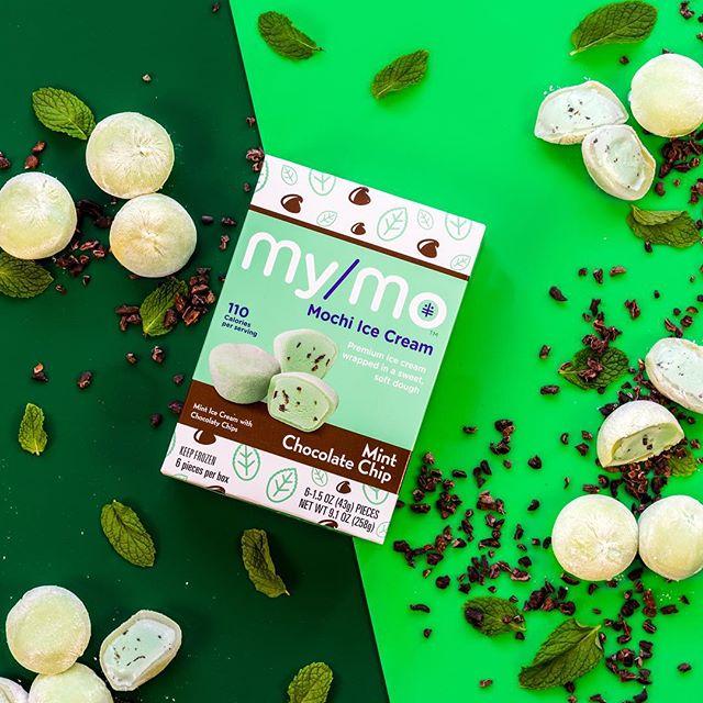The cure for the Monday Blues 🍡🍡🍡 •••••••••••••••••••••• #mondaymotivation #mondayblues #monday #icecream #dessert #chocolate #desserts #dessertporn #gelato #sweettooth #mondaymorning #newweek #lunes #nutella #icecreamlover #sweets #mondays #yum #cake #eat #tasty #eating #foods #strawberry #아이스크림 #delish #ice #vanilla #softserve #cookies