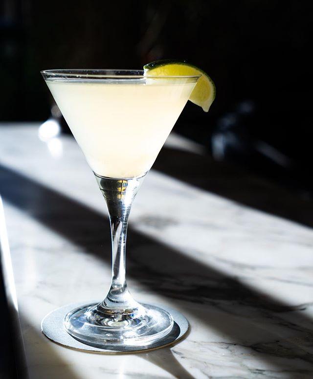 Whooooo's thirsty? ………………………….. #thirsty #cocktails #f52grams #pacificpalisades #cocktail #martini #thirstythursday #feedfeed #topangacanyon #mixology #martiniracing #bartender #huffposttaste #buzzfeast #vodka #eeeeeats #beautifulcuisines #liquor #drinks #thekitchn #drinkup #foodandwine #mixologist #bar #forkyeah #yahoofood #drinkporn #drink #gin #onthetable