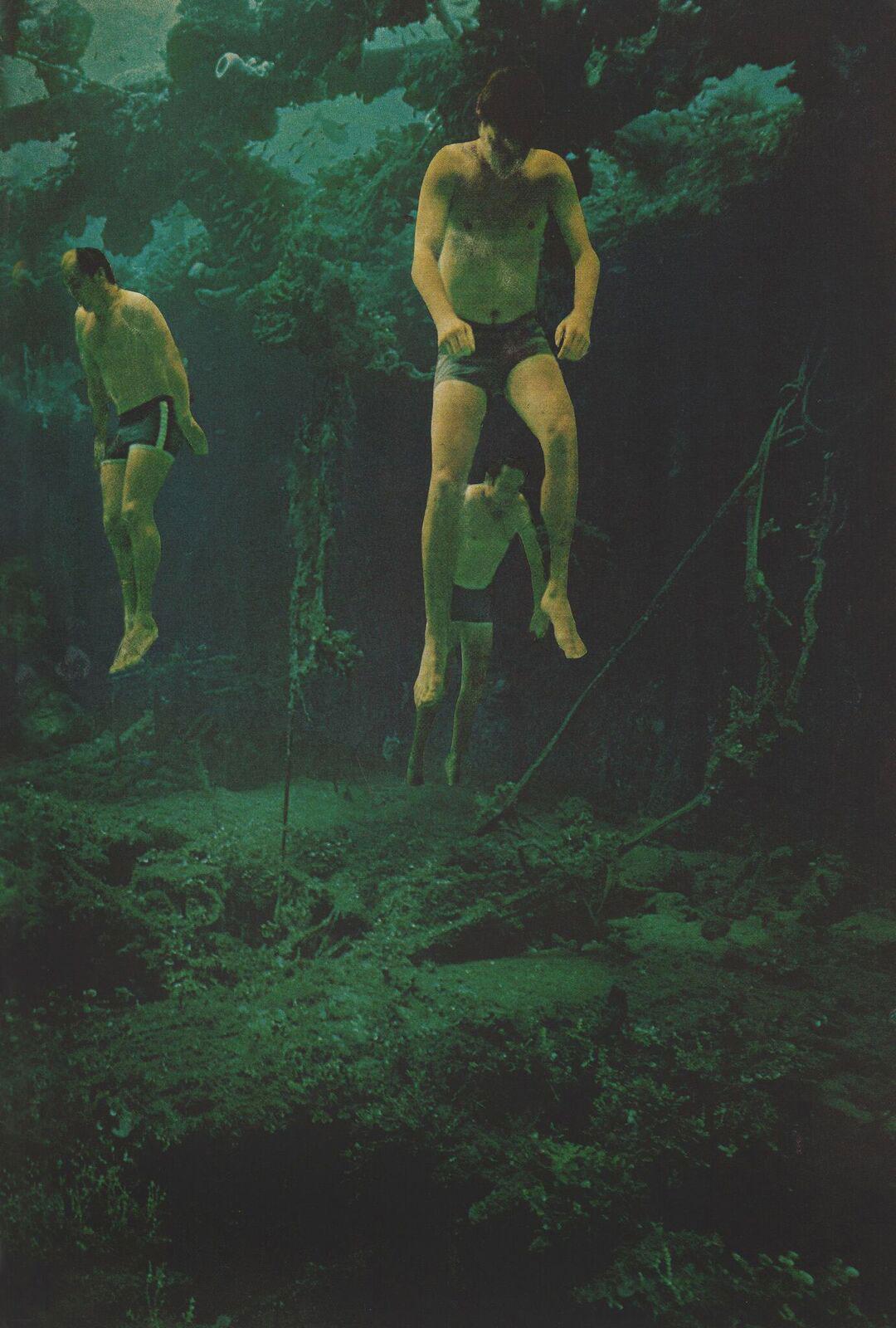 Float-men2.jpg