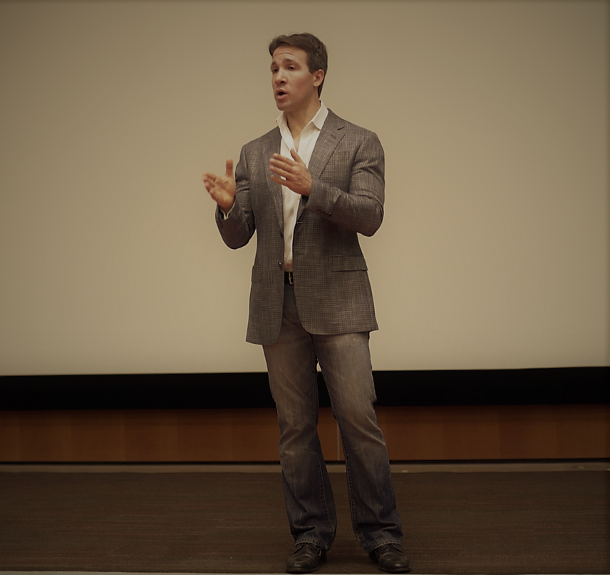 PASSIONATE<strong>CORPORATE SPEAKER</strong>