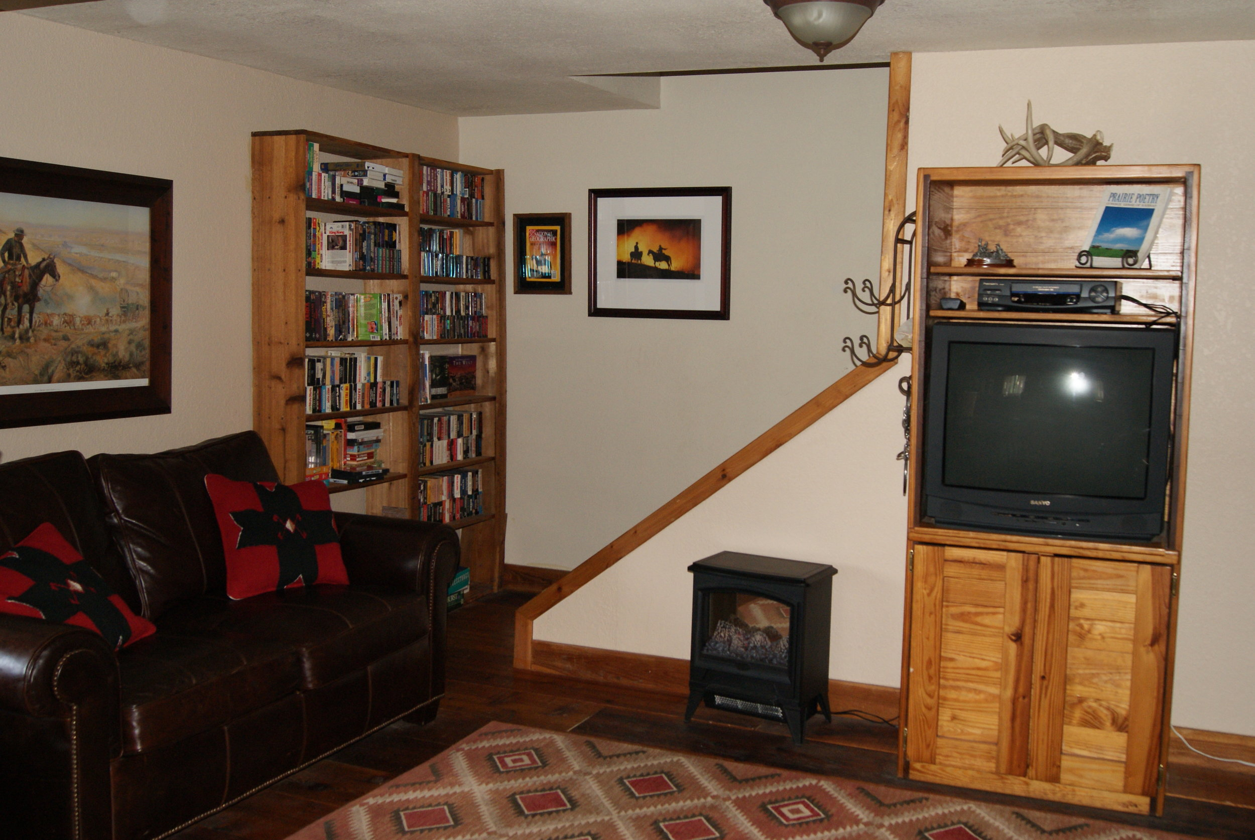 The Lodge West stairs to upper level