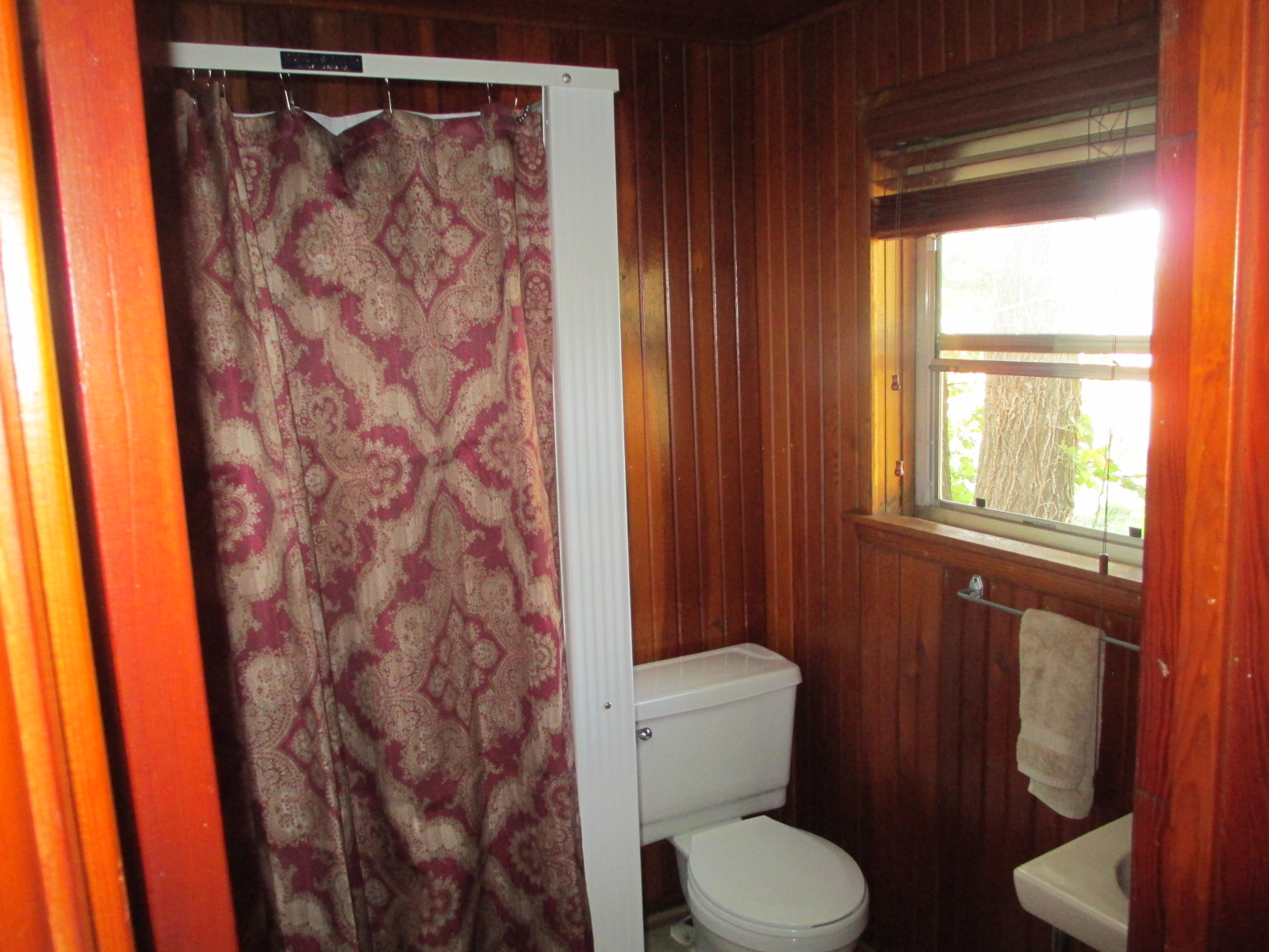 The Fire House bathroom and shower