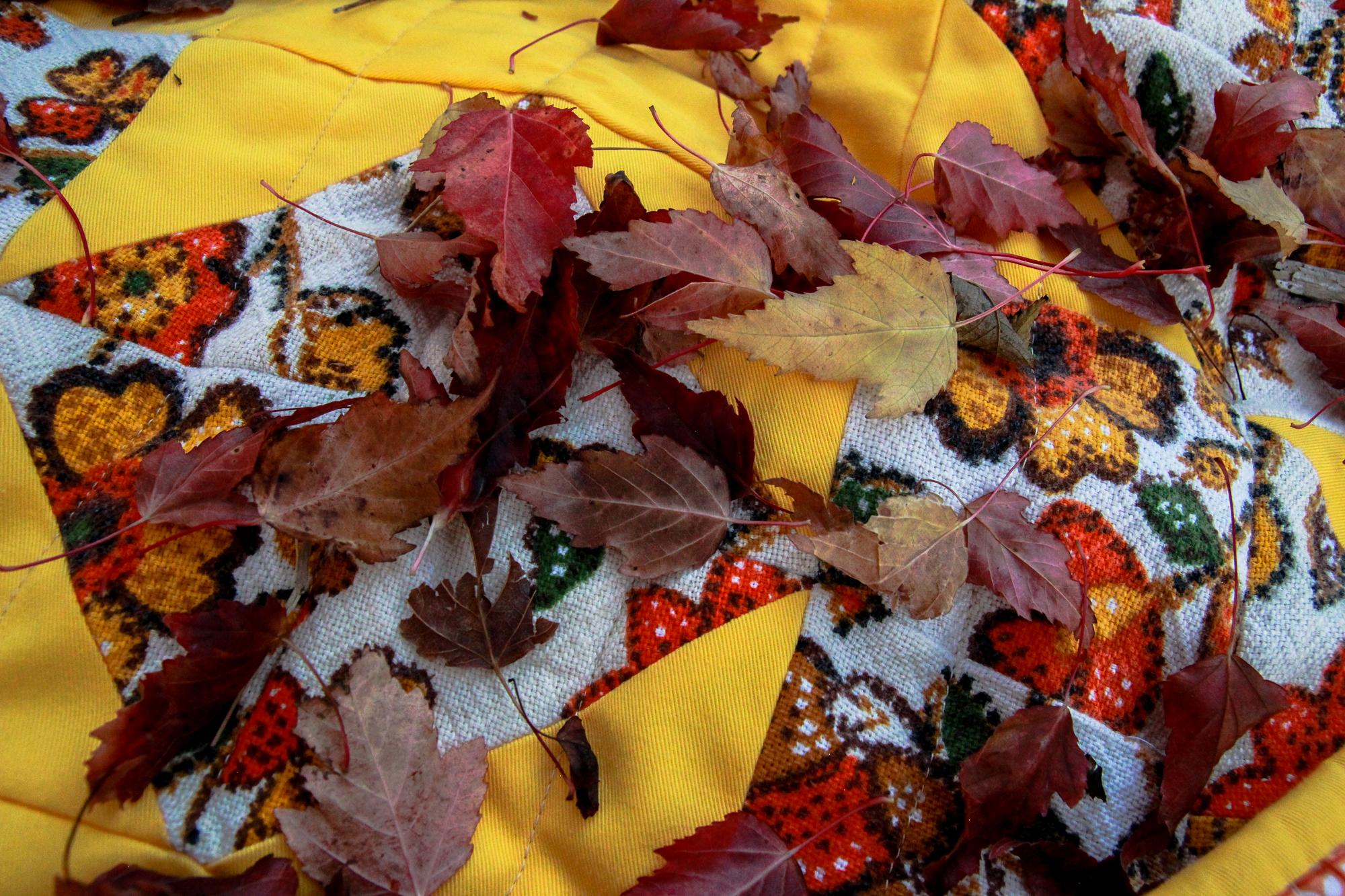 70s Sunrise Quilt (13 of 16).jpg
