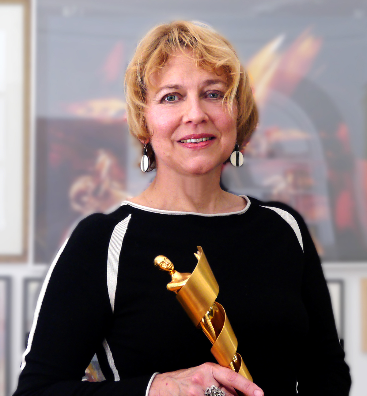 "Mechthild with her Design""Lola"", the Award of the Deutsches Filmpreis."