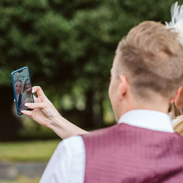 Hashtag weddingselfie 🤳🏼 . . . . . #wedding #weddings #weddingphoto #weddingphotography #weddingphotographer #weddingphotographers #weddingdress #weddingbells #weddingseason #weddingstyle #ukwedding #ukweddings #ukweddingphotographer #ukweddingvendors #ukweddingvenue #ukweddingphotography #ukweddingsuppliers #nottinghamweddingphotographer #nottinghamphotographer #nottinghamweddings #nottinghamphotographer #derbyshireweddingphotographer #derbyshireweddings #derbyshirephotographer #churchwedding #weddingselfie