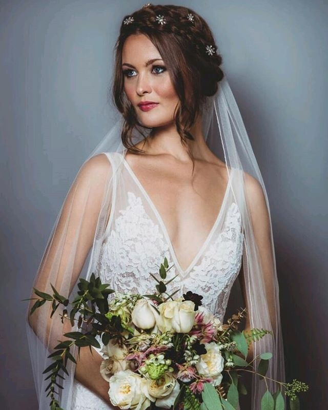SATURDAY STYLING // Busy day of weddings today and my bride has chosen a full length delicate veil like this one from @elliesanderson. I absolutely love working with veils, as there is nothing quite like that moment when you add in the veil in those last moments of bridal prep. When the bride finally looks at herself as the perfect vision she always dreamed of....it's an emotion that always gets me and takes my breath away! And veils can be incorporated with most hair styles so play around with shape and form until it looks just perfect. ... Photo @sarahannweddings Dress @madewithlovebridal from a collection at @elliesanderson  Flowers @irisandco_floraldesign Hair & makeup by me Models @charverity  Accessories @flourish.exquisite.hairpieces ... #bridallook #saturdaystyle #WeddingDay #bridestobe #weddingbridestyle #bride_style #weddingveil #weddingdress #madewithlovebridal #weddingflowers #weddingflorist #instawed #braidedcrown #weddinghairinspo #weddinginspiration #weddinghairpins #bridalhair #bridalmakeupideas #weddingmakeupartist #brides #gettingmarried #weddingbells #engaged #isaidyes #weddingplanning