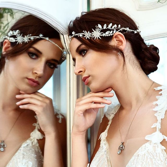 MIRROR MIRROR ON THE WALL // Recent luxury bridal editorial shot by the amazing @sarahannwright. As featured on @lovemydress ... Hair & make-up by me Dress @musebyberta from a selection at @theweddingclub1  Headpiece @miss_clemmie_bridalaccessories  Vintage mirror screen @greathireltd ... Model @laurakvi .... #bridalaccessories #bridalmakeup #bridalhairstylist #weddingmakeupideas #weddingmakeupartist #bridalhairstylist #weddinghairinspiration #weddinginspo #wedddinginspiration #weddingideas #bridalhairstylist #weddingmakeupartist #mua #bridalshoot #luxurywedding #luxurybride #londonbride #londonluxurywedding #londonwedding #weddinghairaccessories #musebyberta #bertabride