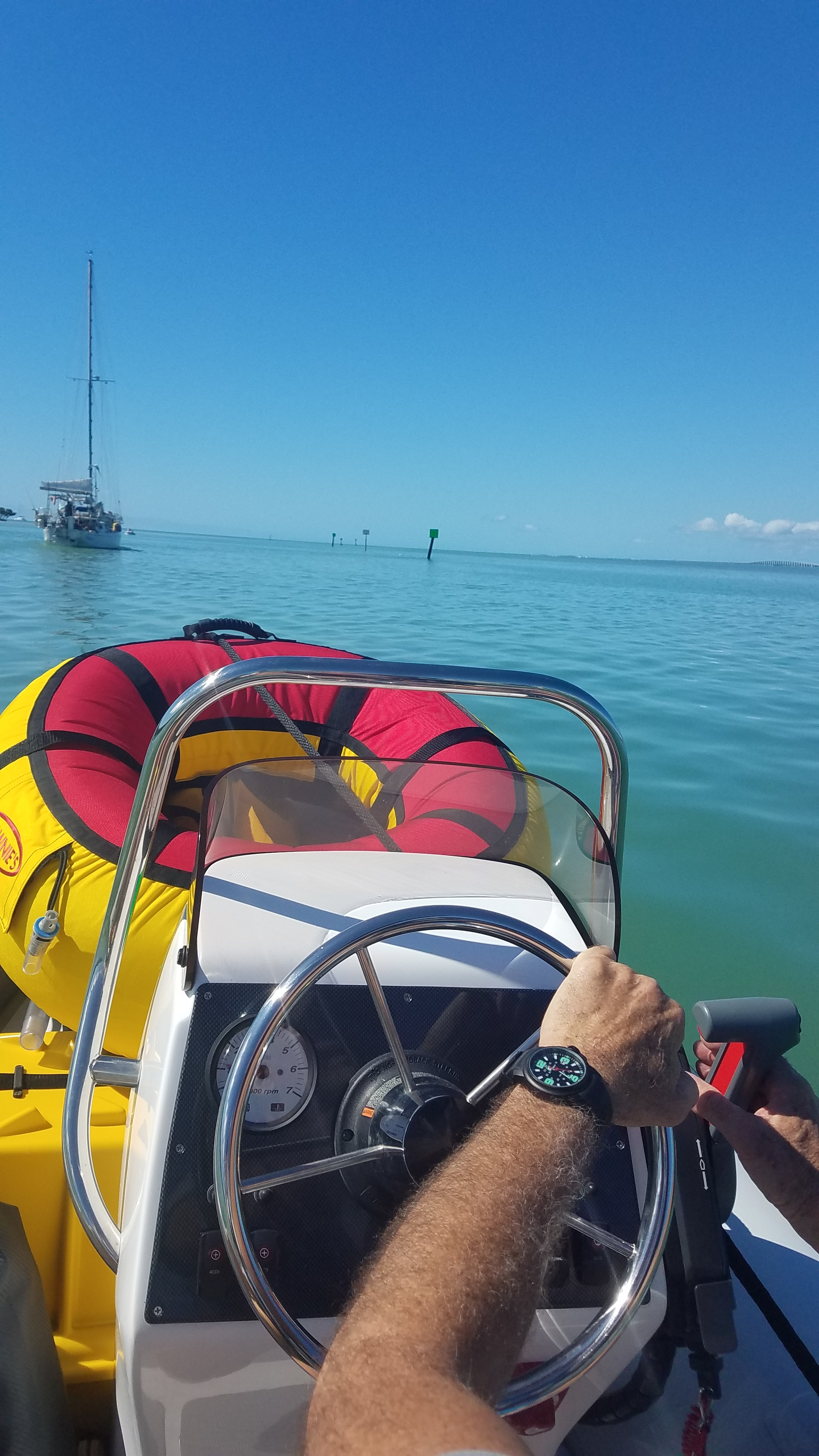 The rig does take up the whole front end of the tender as we head out to Sombrero Reef marine reserve