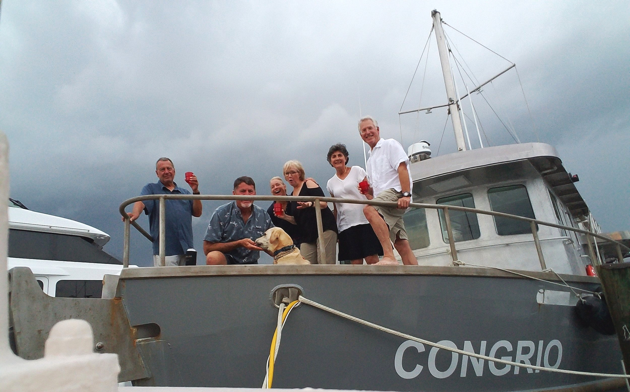 Our 'see ya' later' party with dock-mates Rob, Larry, Bailey, Jamie, Sharron, Patty & Eric