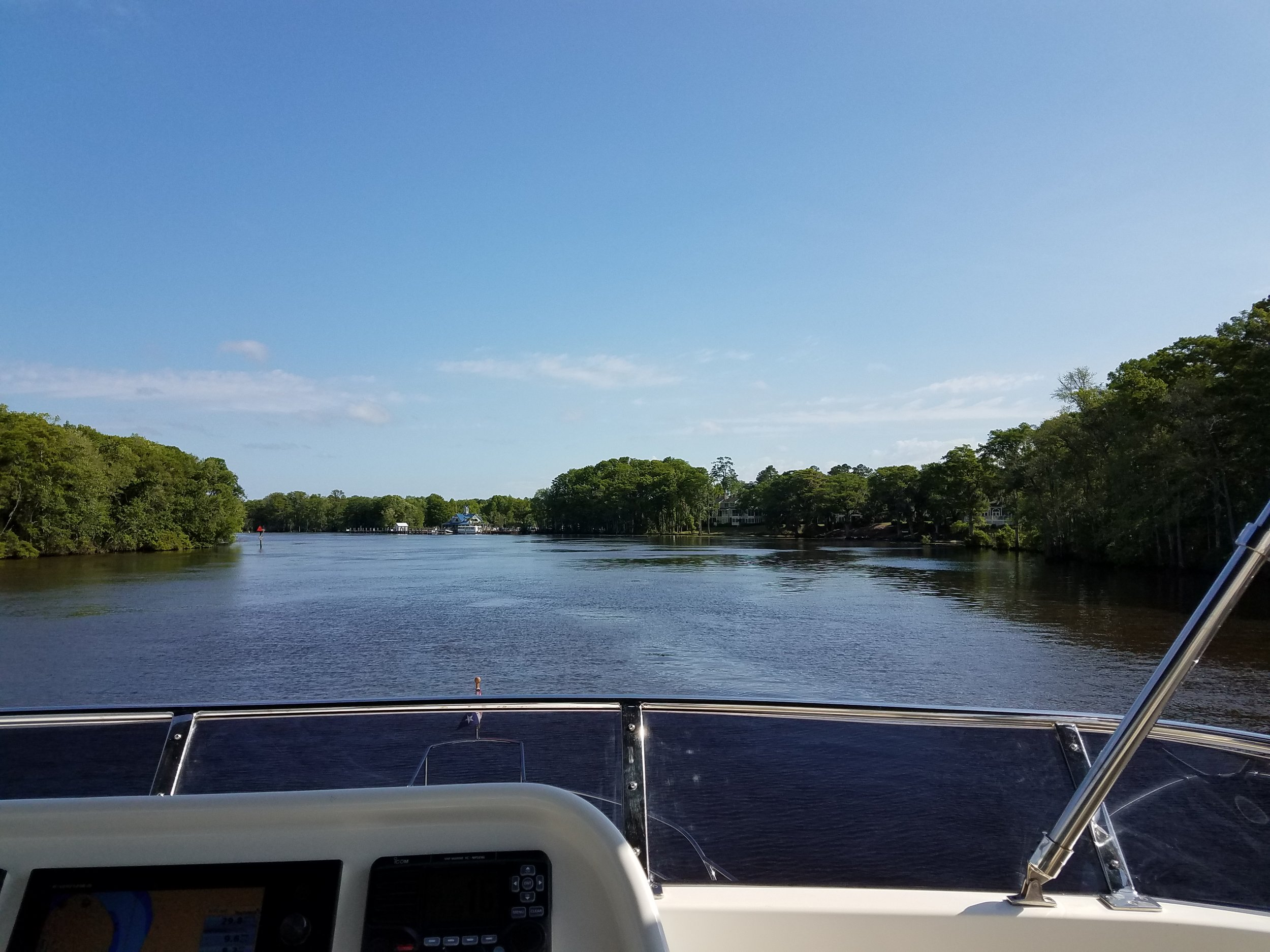 A beautiful day on the ICW, on our way to Myrtle Beach, SC