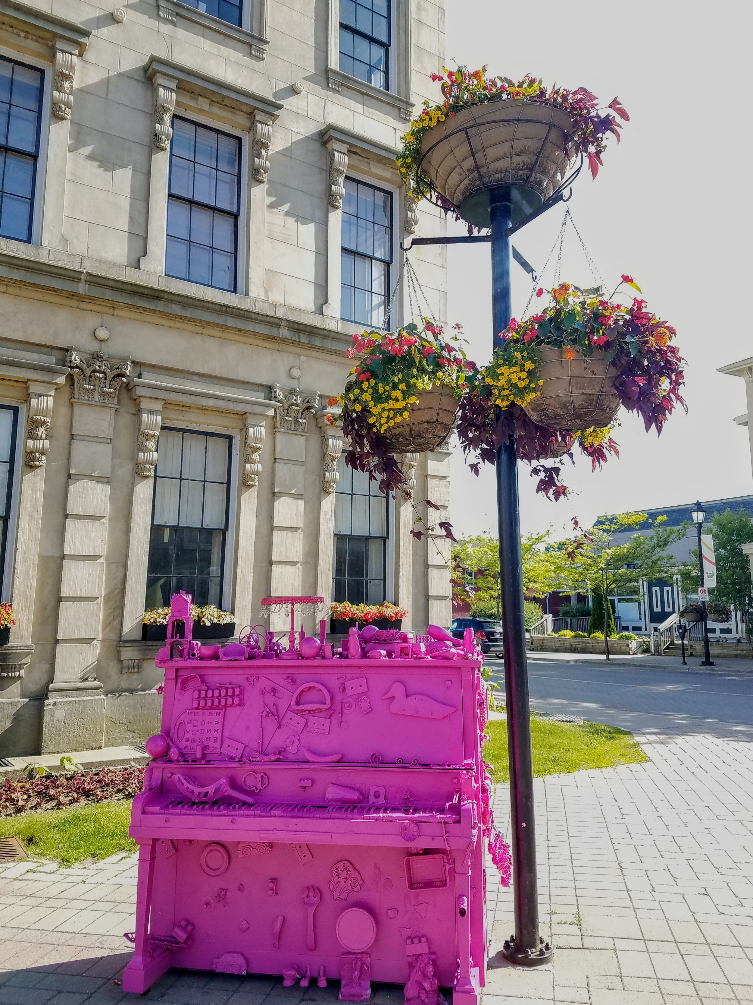 Cobourg city personality and flowers