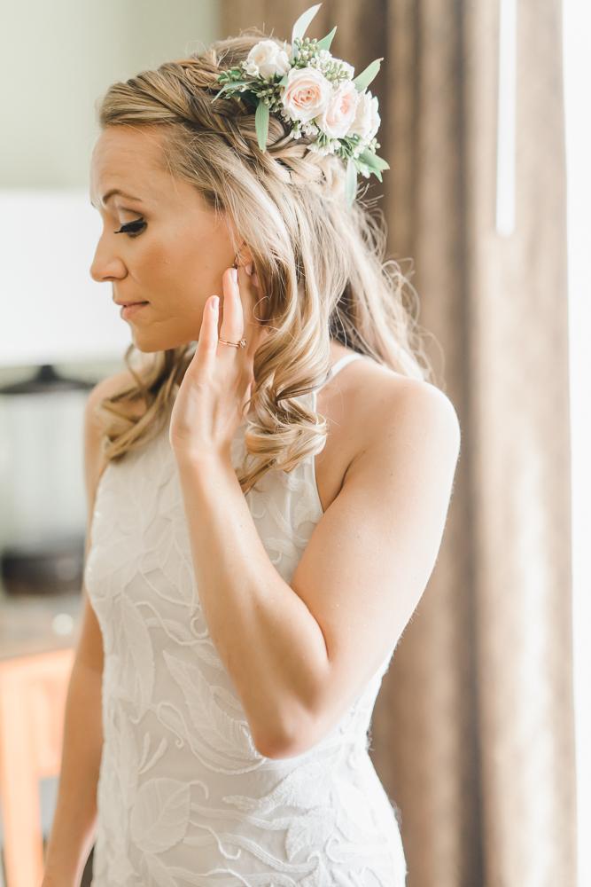 Intimate Sand Pearl Romantic Wedding-15.jpg