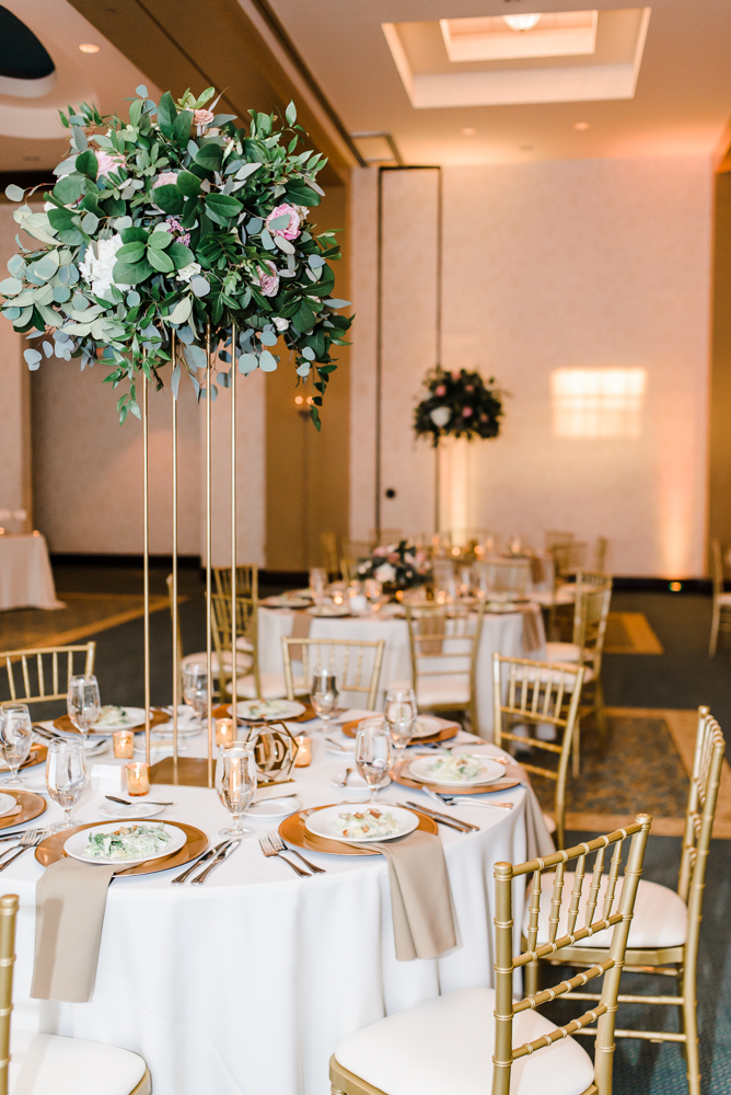 Modern and romantic wedding at Palmetto Club at FishHawk-87.jpg