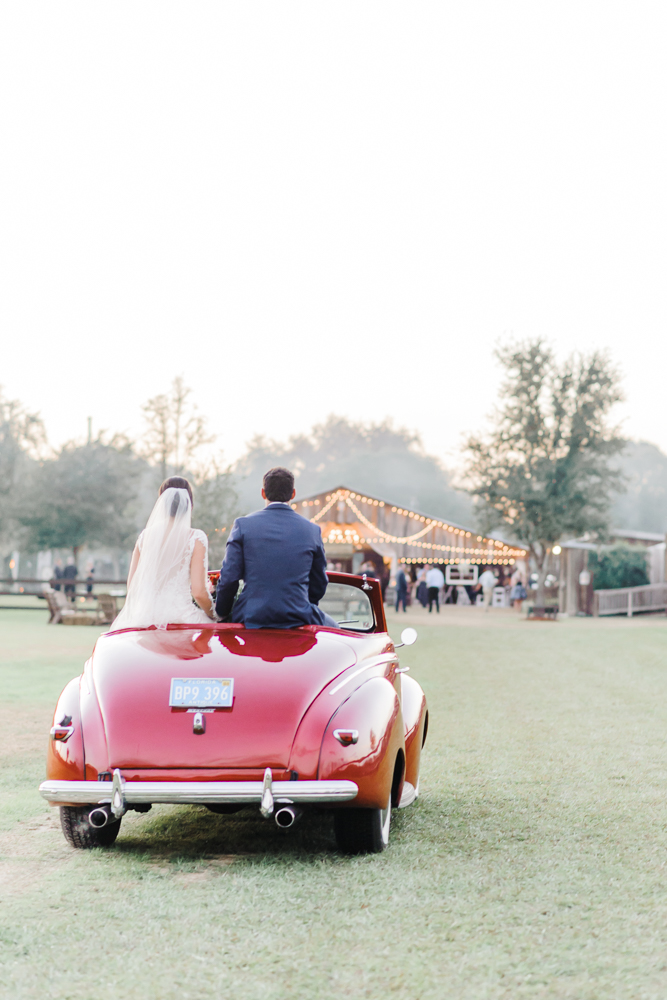 Romantic Outdoor Barn Wedding-167.jpg