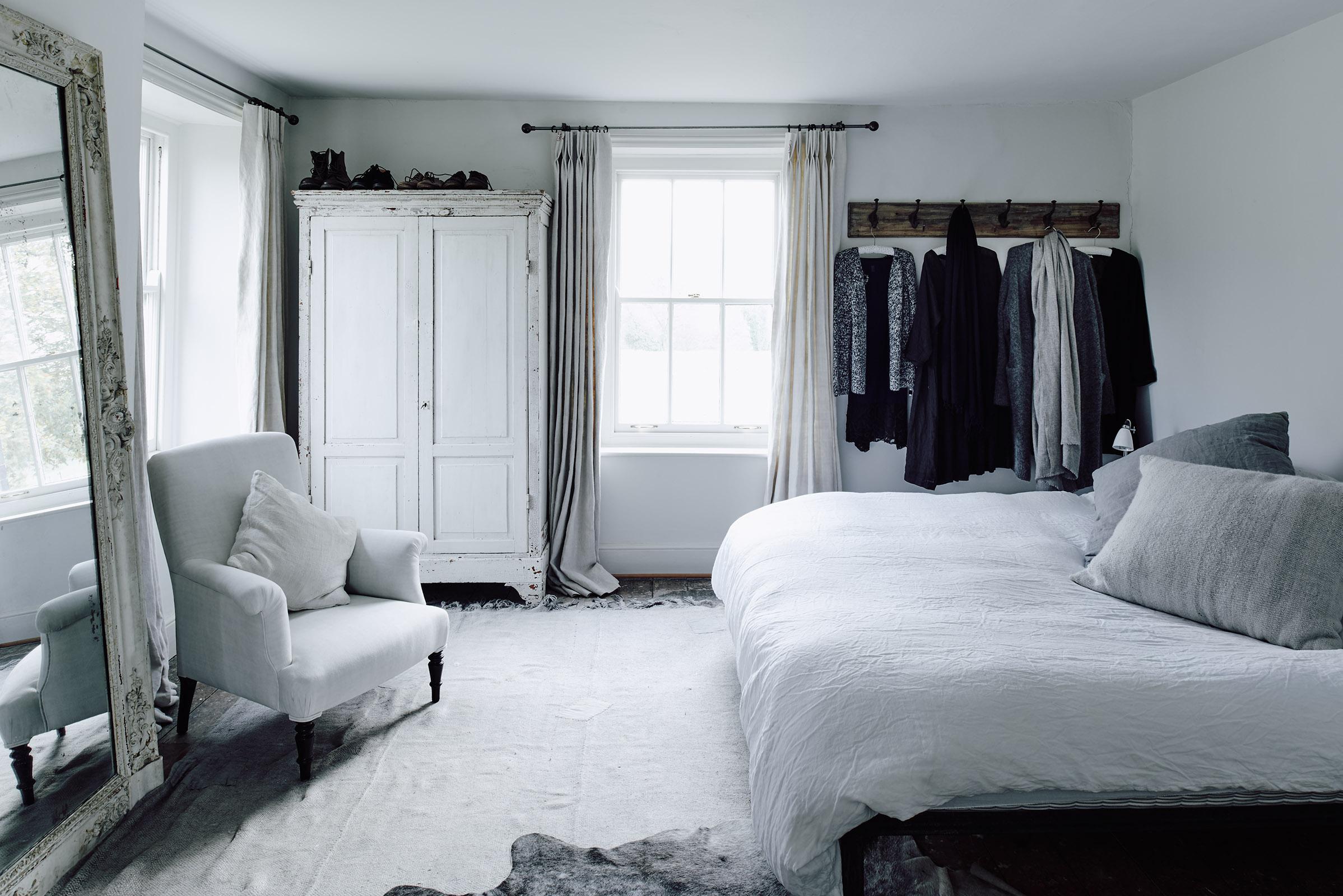141017-SLM-Home-Bedroom-001-web-1600-px1.jpg