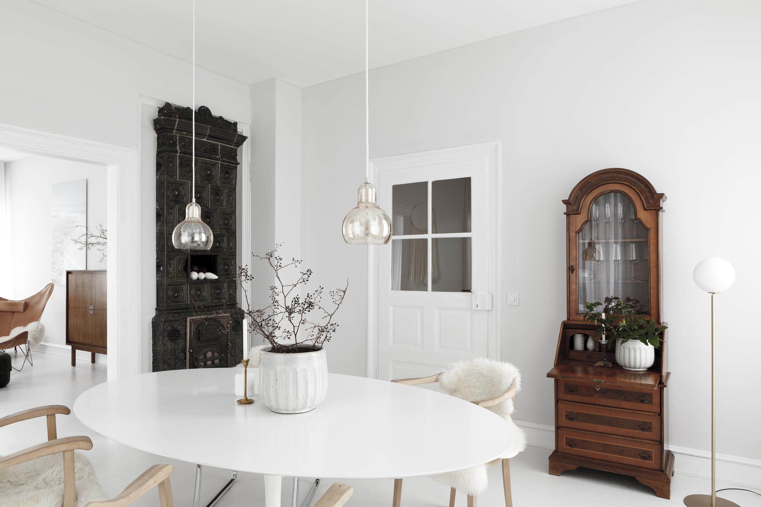 Studio-Oink-House-Cal-II-apartment-remodel-Mainz-Germany-Remodelista-1.jpg