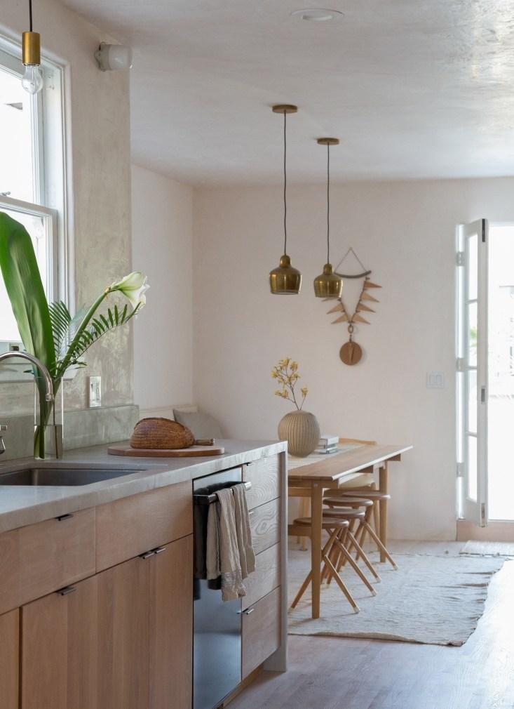 gordana-golubovic-kitchen-dining-la-lauren-moore-733x1010.jpg