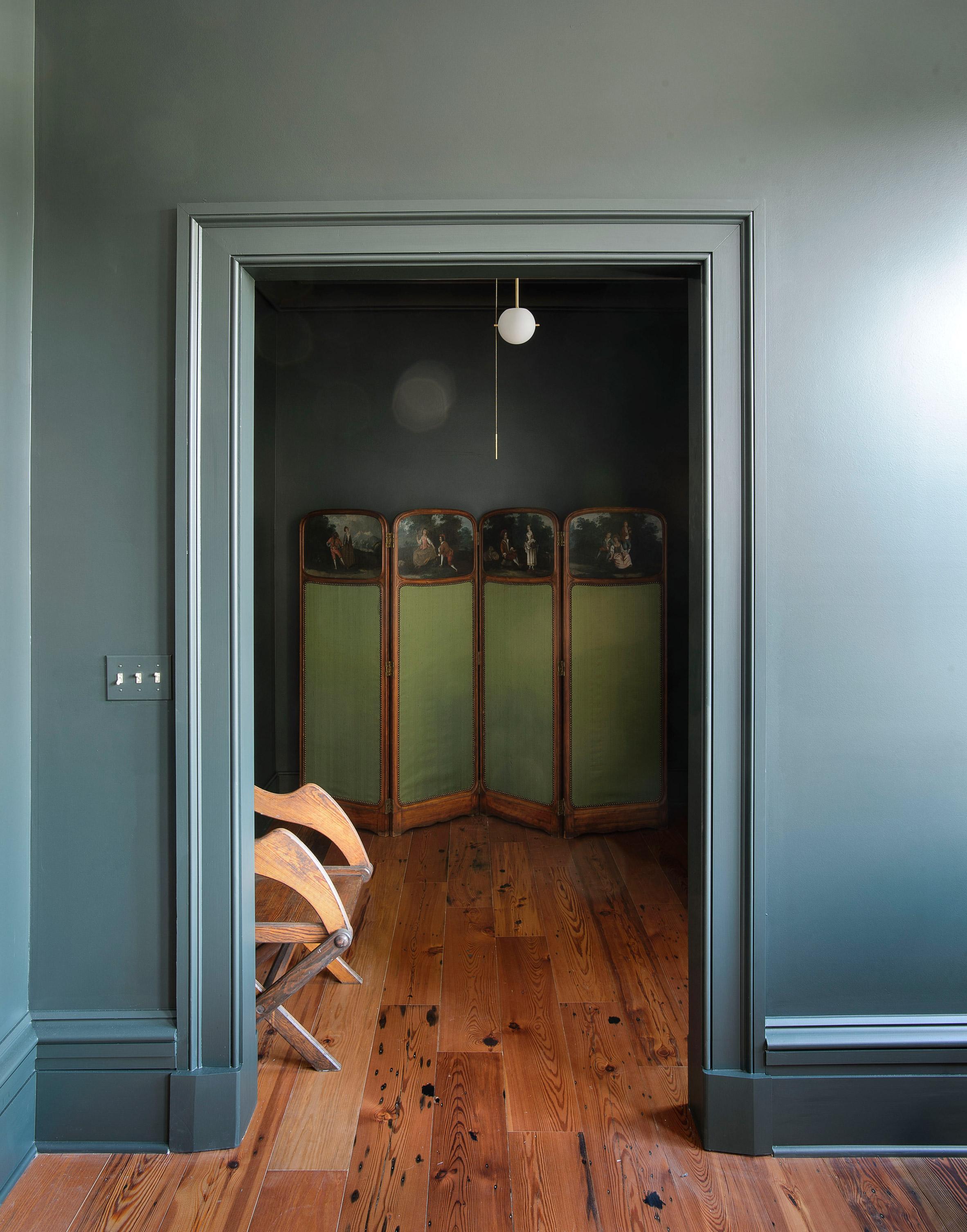 workstead-house-charleston-south-carolina-renovation-workstead_dezeen_2364_col_15.jpg