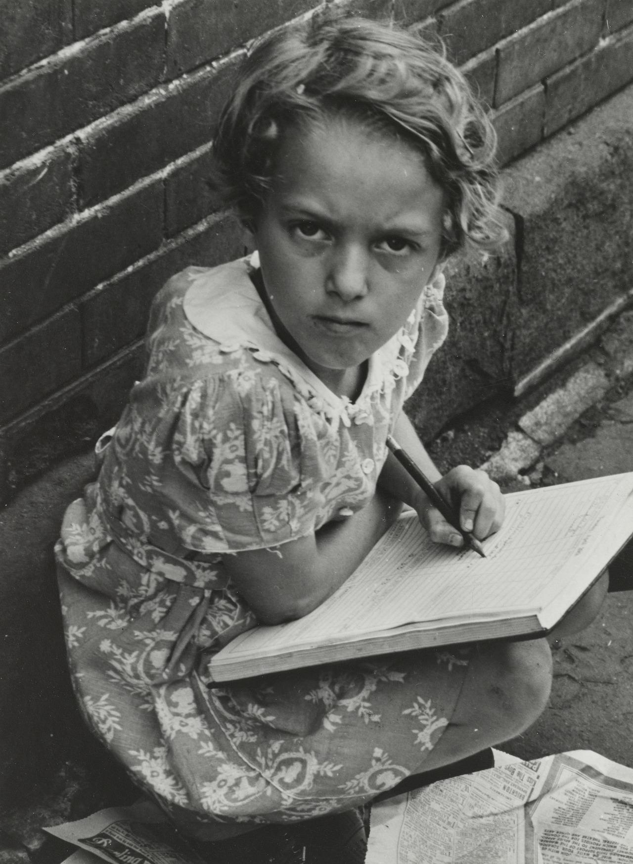 Sid Grossman, Chelsea, New York, 1938.