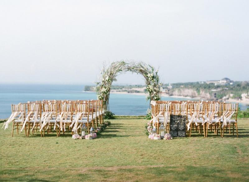 romantic-cliff-top-destination-wedding.jpg