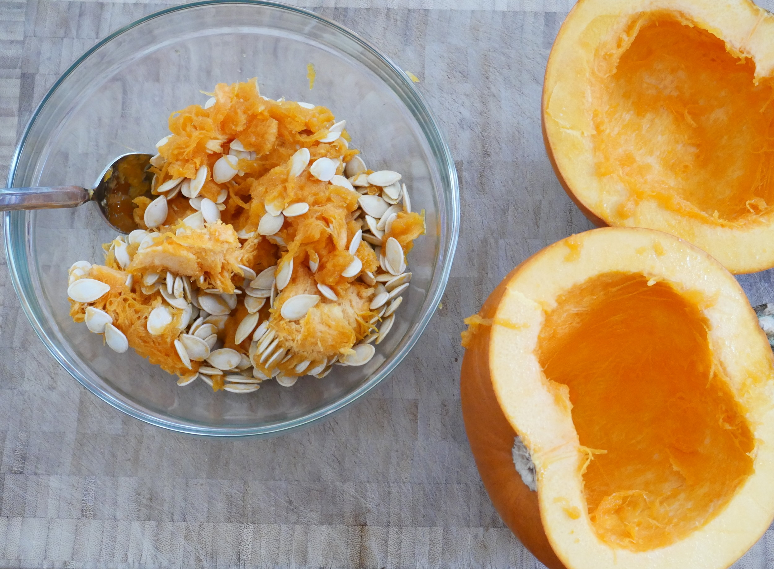 How to roast pumpkin seeds!