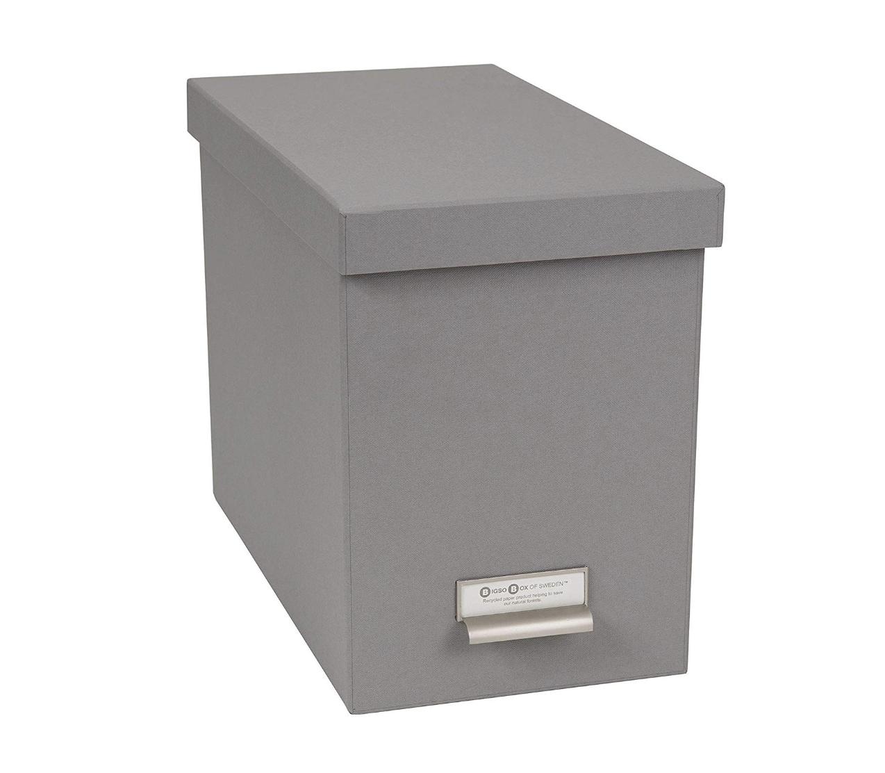 Recycled fiberboard file box