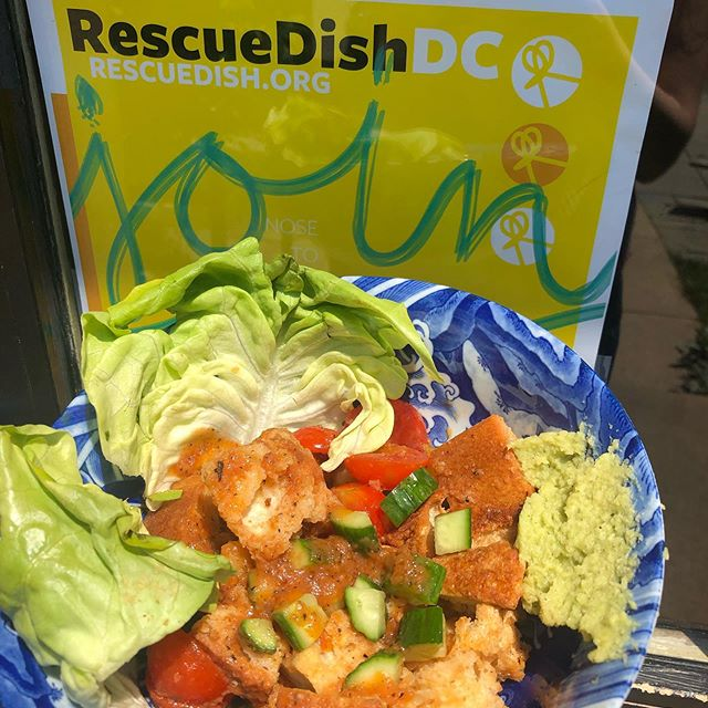 Hey! It's @teaism_dc 's Rescue Panzanella! With stale bread, broccoli stem pesto and juicy tomato bits it's a star. . . Listen to the panzanella and join us! #RescueDishDC goes through July 20. For a list of DC restaurants featuring creative, waste-cutting dishes, head to RescueDish.org! . . . #mydccool #madeindc #eatlocal #nofoodwaste #foodwaste #sustainability #sustainable #sustainabledining #dcfoodies #dcfood #dcdining #eaterdc #federalfoodies #panzanella #broccoli #broccolistem #stalebread #dayoldbread