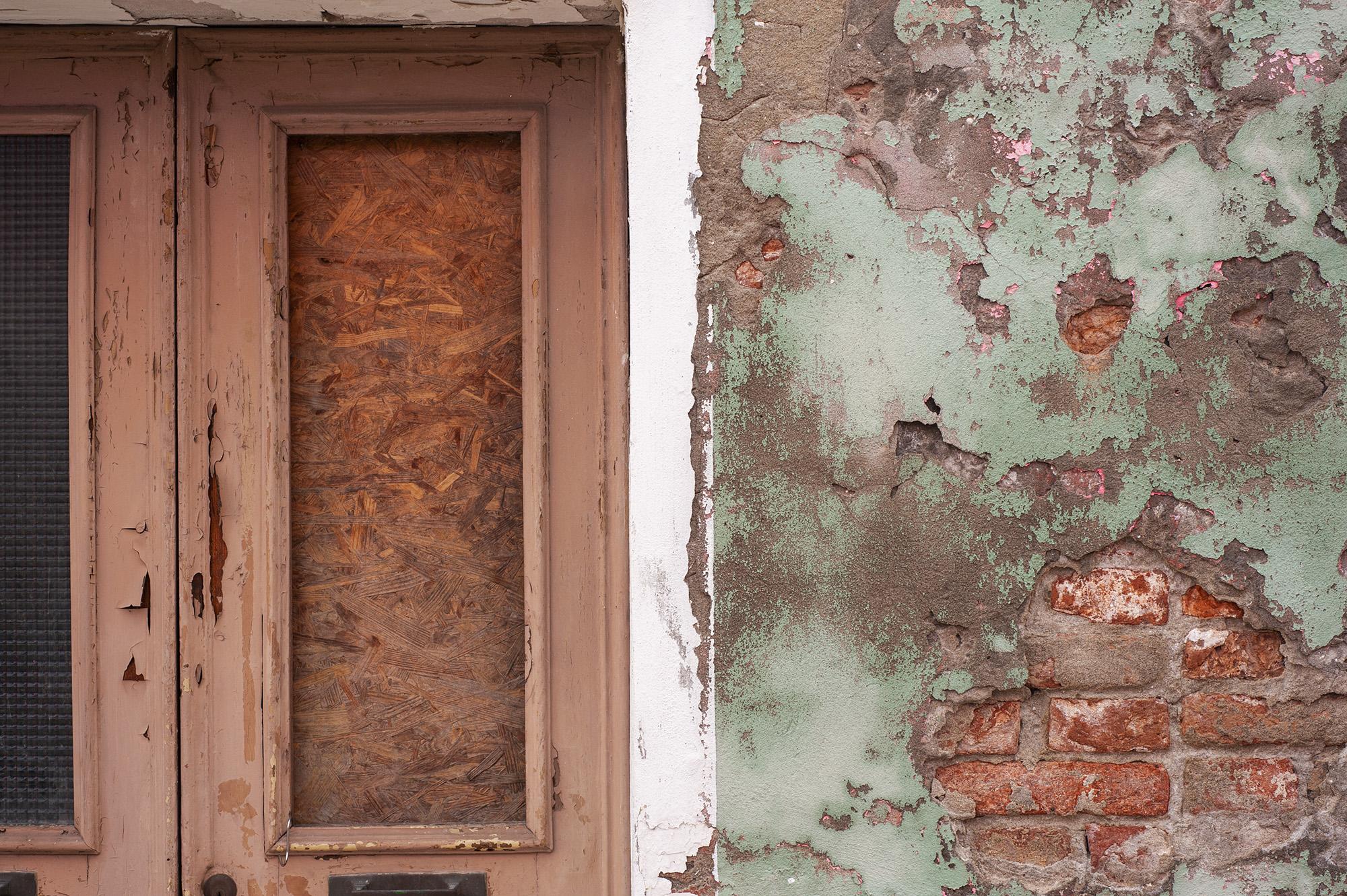 Italian Walls (Murano, Italy, 2013,  ©  Joel Ang photography)