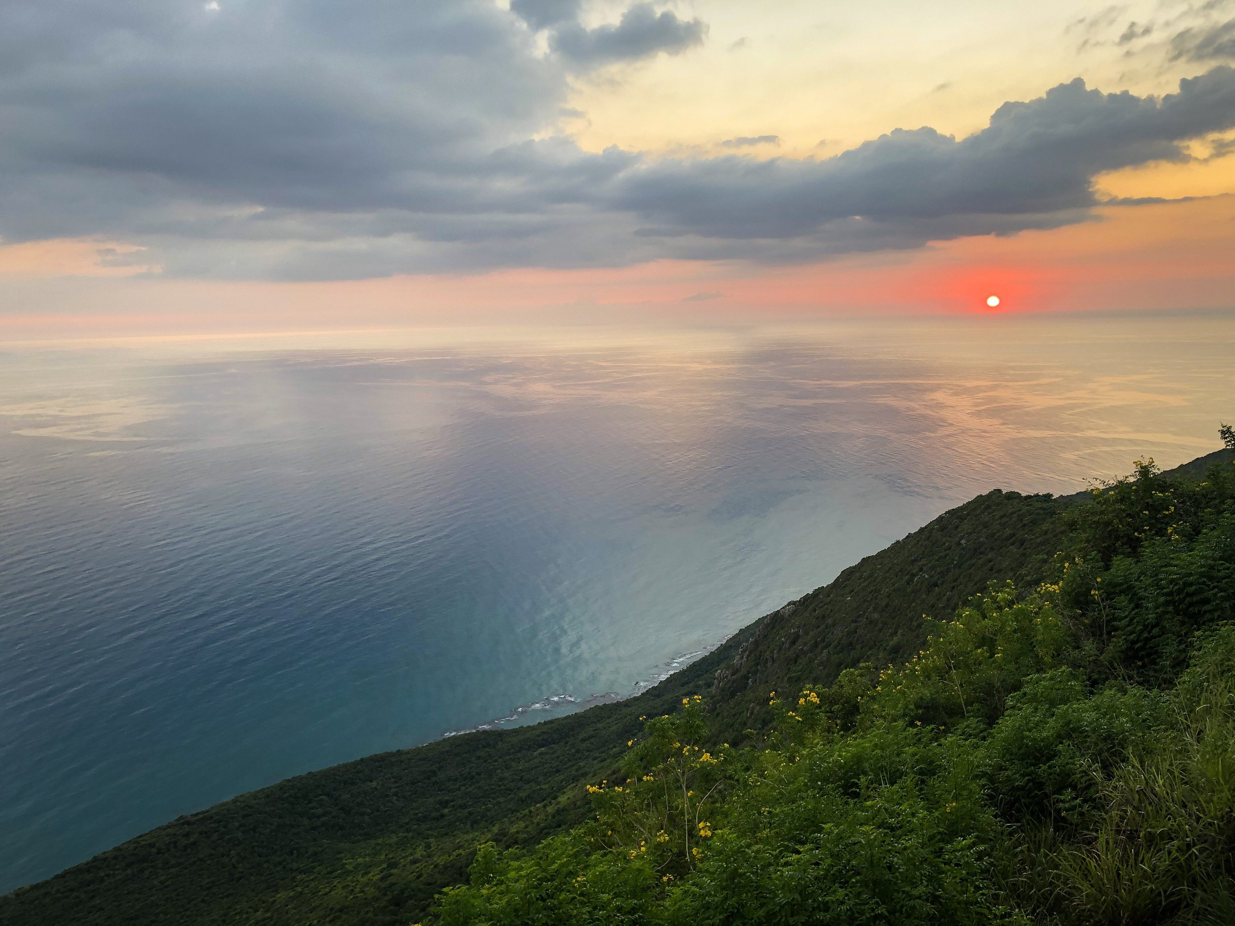 Sunset Over Lover's Leap (St. Elizabeth, Jamaica, 2018,  ©  JOEL ANG PHOTOGRAPHY)