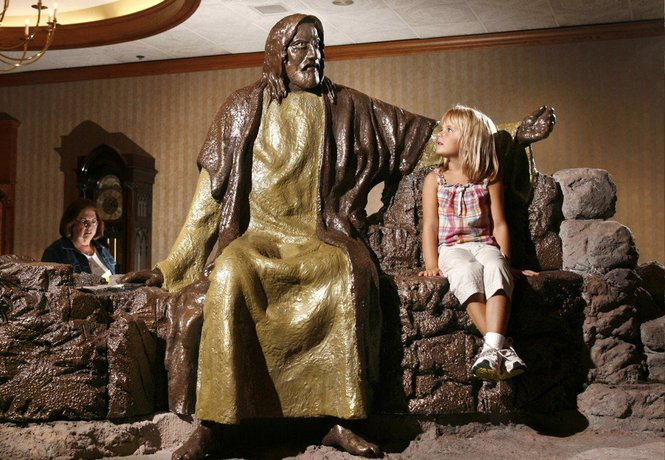 Jesus and Little Girl 150.jpg