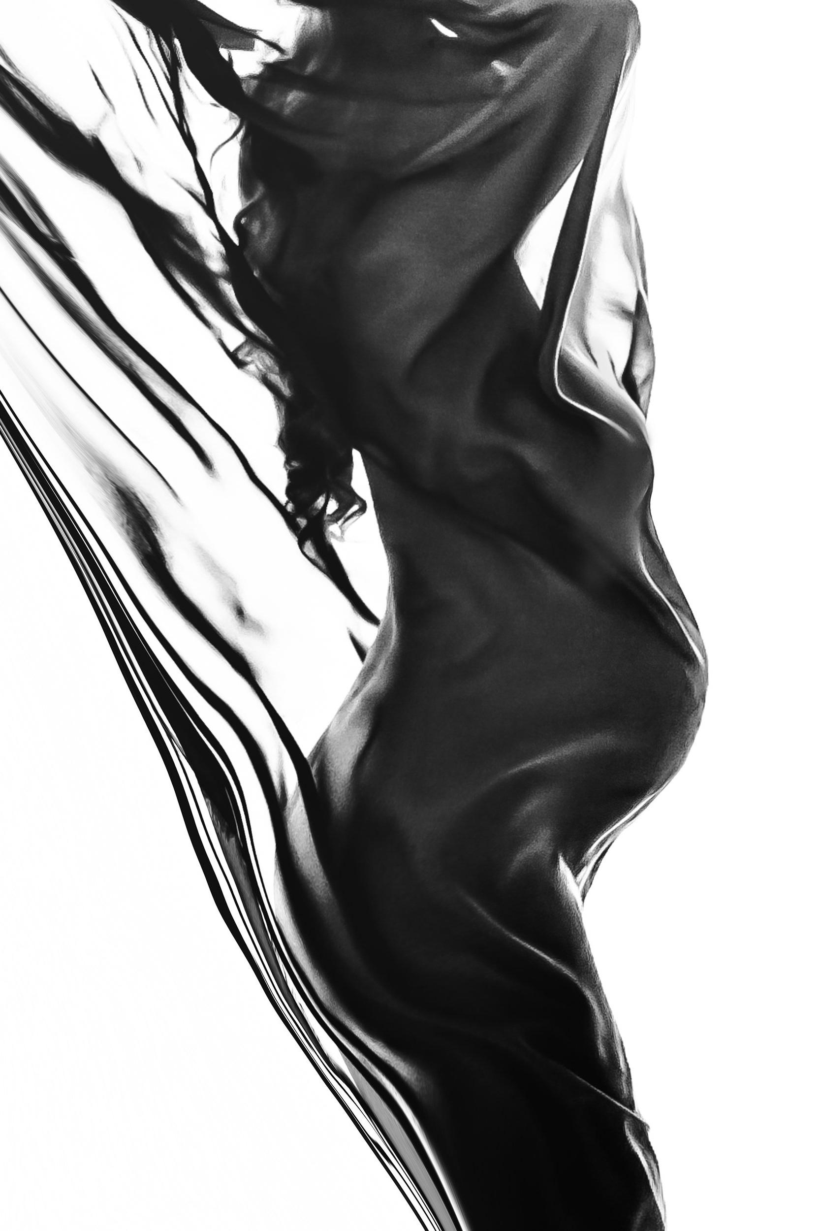 BLACK & WHITE / LOW LIGHT MATERNITY
