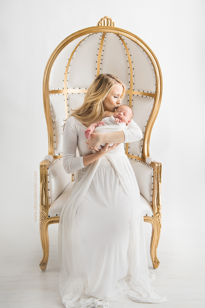 """We felt so well taken care of and safe in Diana's presence, and our baby also loved her. Her team was professional and really worked magic to bring everything together."" - KAREN W, South END, MA(GOOGLE REVIEW, NEWBORN PHOTOGRAPHERS BOSTON)"