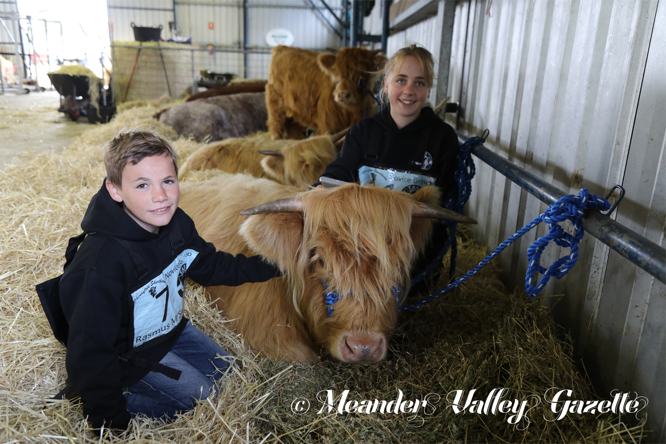 Rasmus McSwain, age 11, and Hespera McSwain, age 12, both of Penna Farm, with Radella, their 16 month-old Highland Cattle entrant in the Deloraine Junior Beef Expo 2019.  Photo by Mike Moores