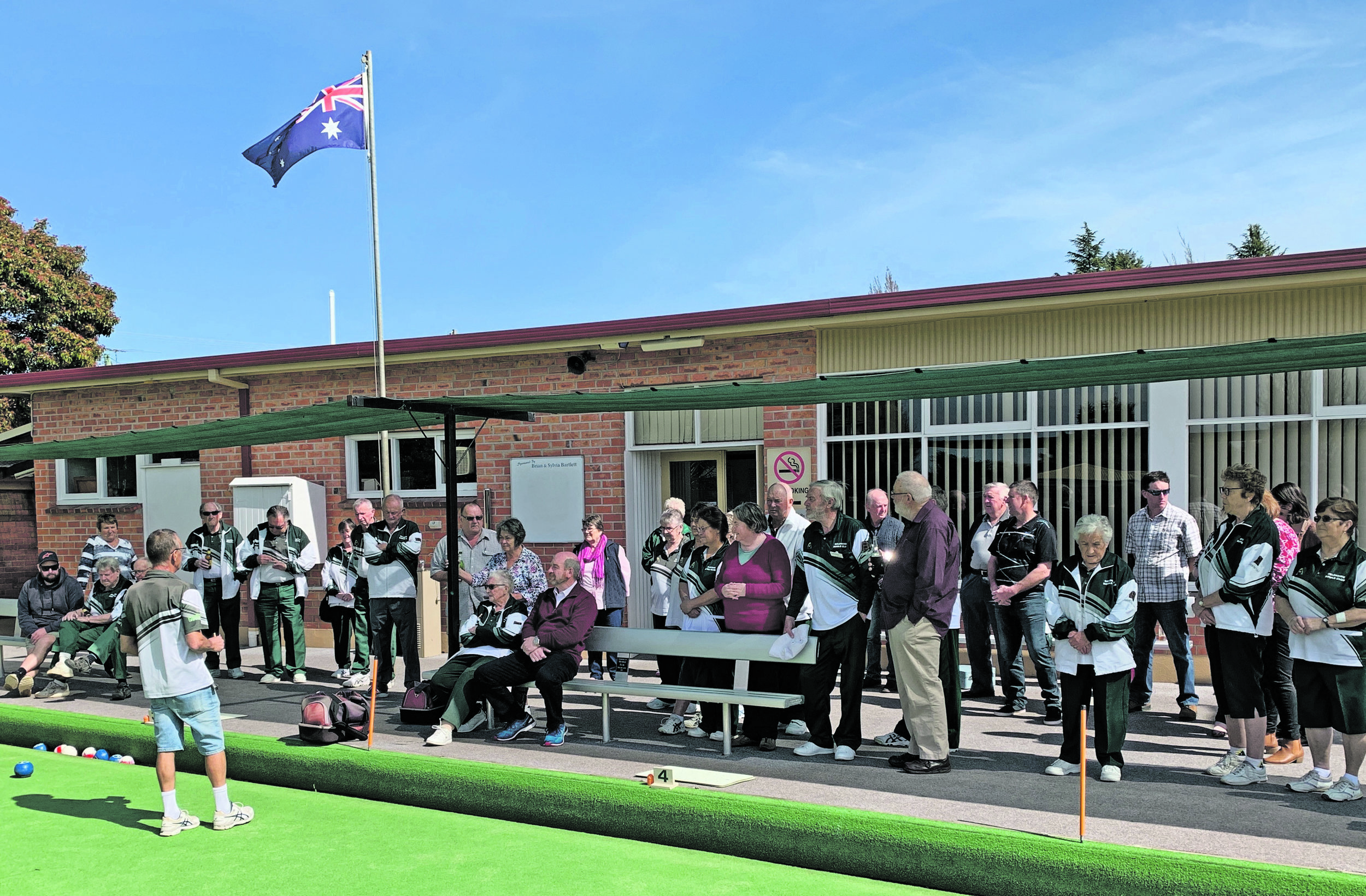 Photo supplied  A big crowd at Deloraine Bowls Opening Day.