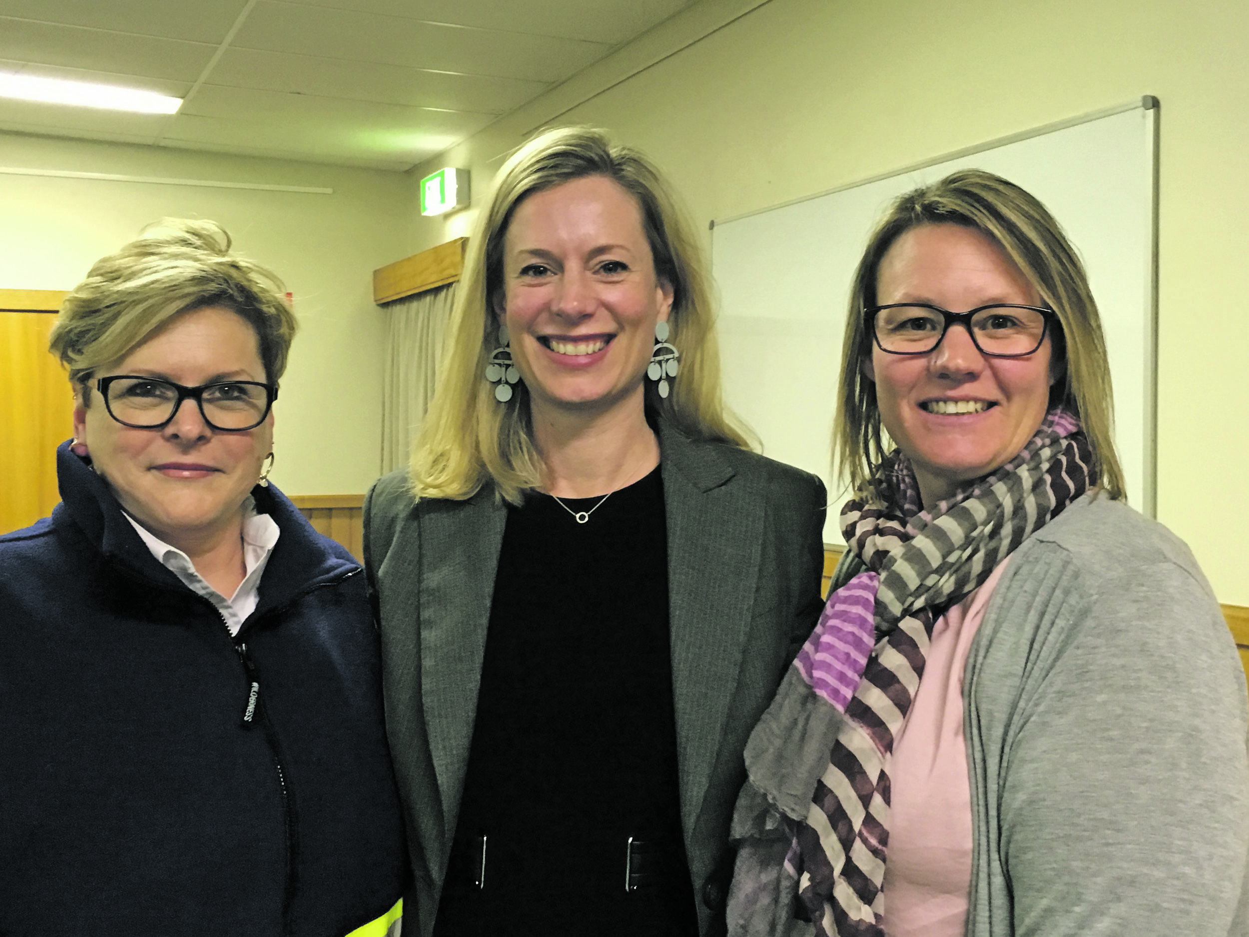 Photo supplied  Labor leader Rebecca White with Annette Parsons (left) and Nicole Rubenach, two of Deloraine's hard-working ambulance volunteers.