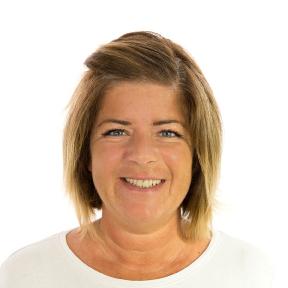 Alexandra Batt  Sales and Customer Experience Manager
