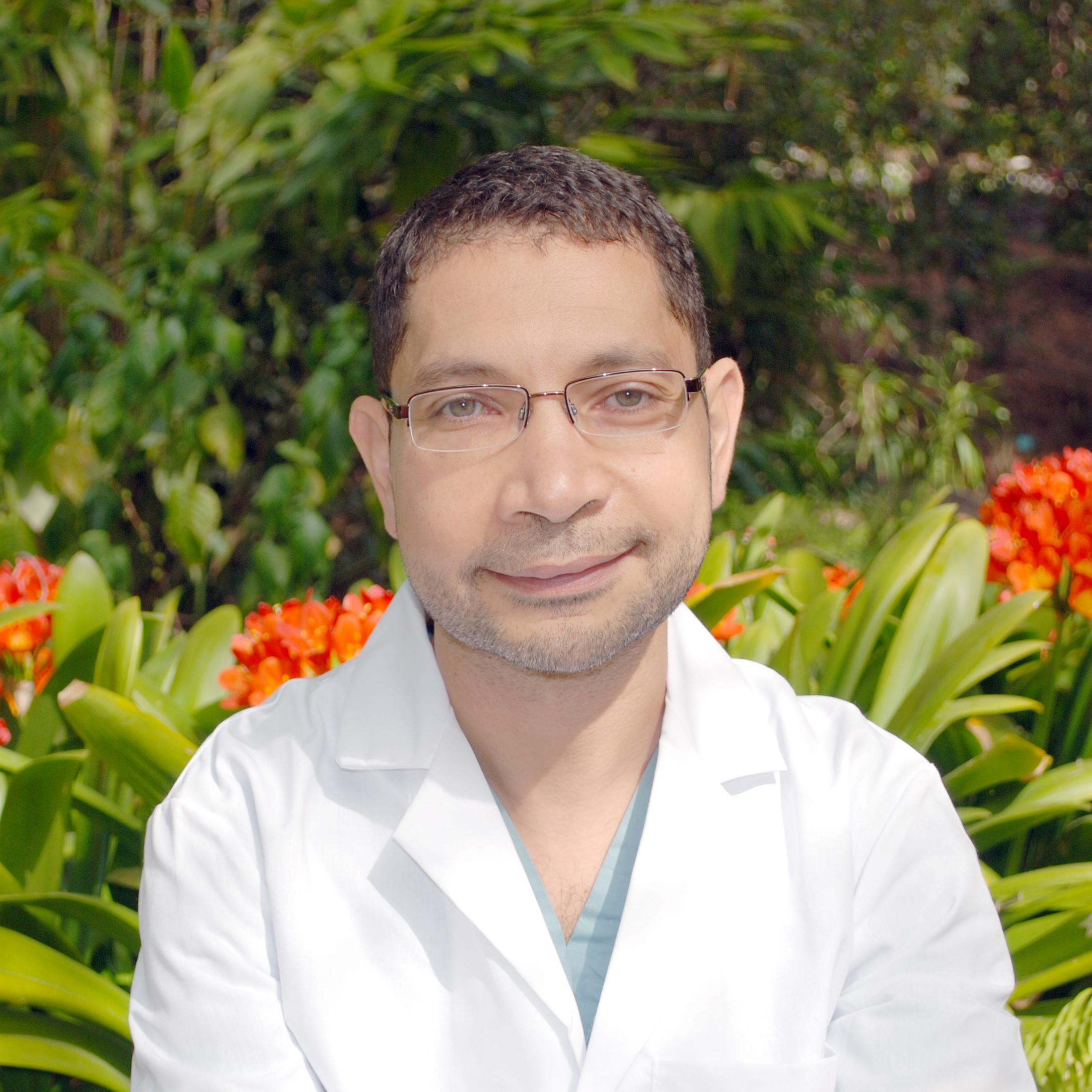 Moustafa El-Ghareeb, BDS, MS  Associate Clinical Professor