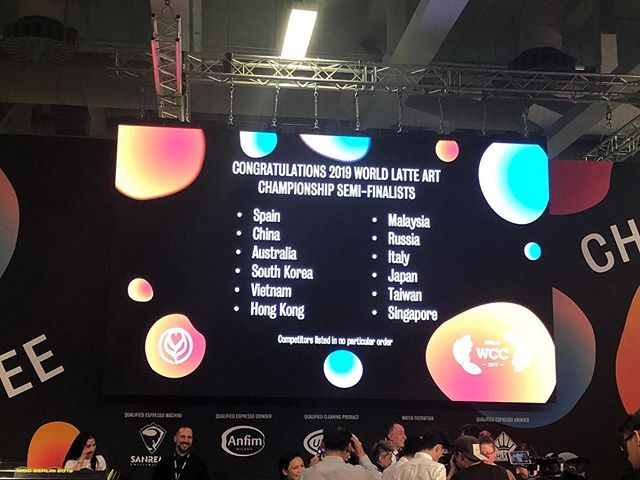Congratulations to our very own Singapore Latte Art Champion 2019 - Jervis Tan of Kinsmen Coffee for making it into the World Latte Art Championship 2019 semi finals! We are so proud of him and wish him all the best tomorrow during his performance at 1010 am Berlin time. Please watch him on livestream to cheer him on! #singaporecoffee #WLAC2019 #SLAC2019 #WOCBerlin2019 (photo via @chris_ruoqi, thank you!)