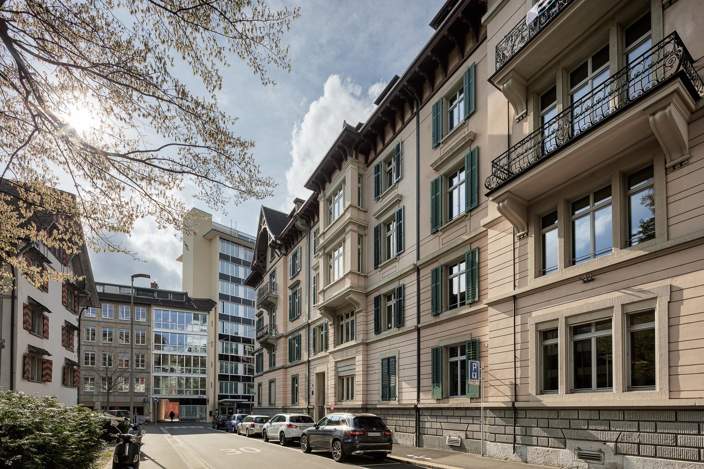 19-107 - Bruppacher Verwaltungs AG - Basteiplatz 3 Zürich-.jpg