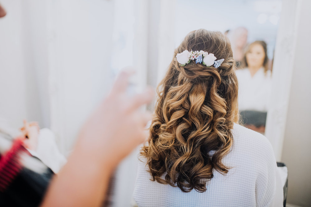 floral hair styles for a boho bride