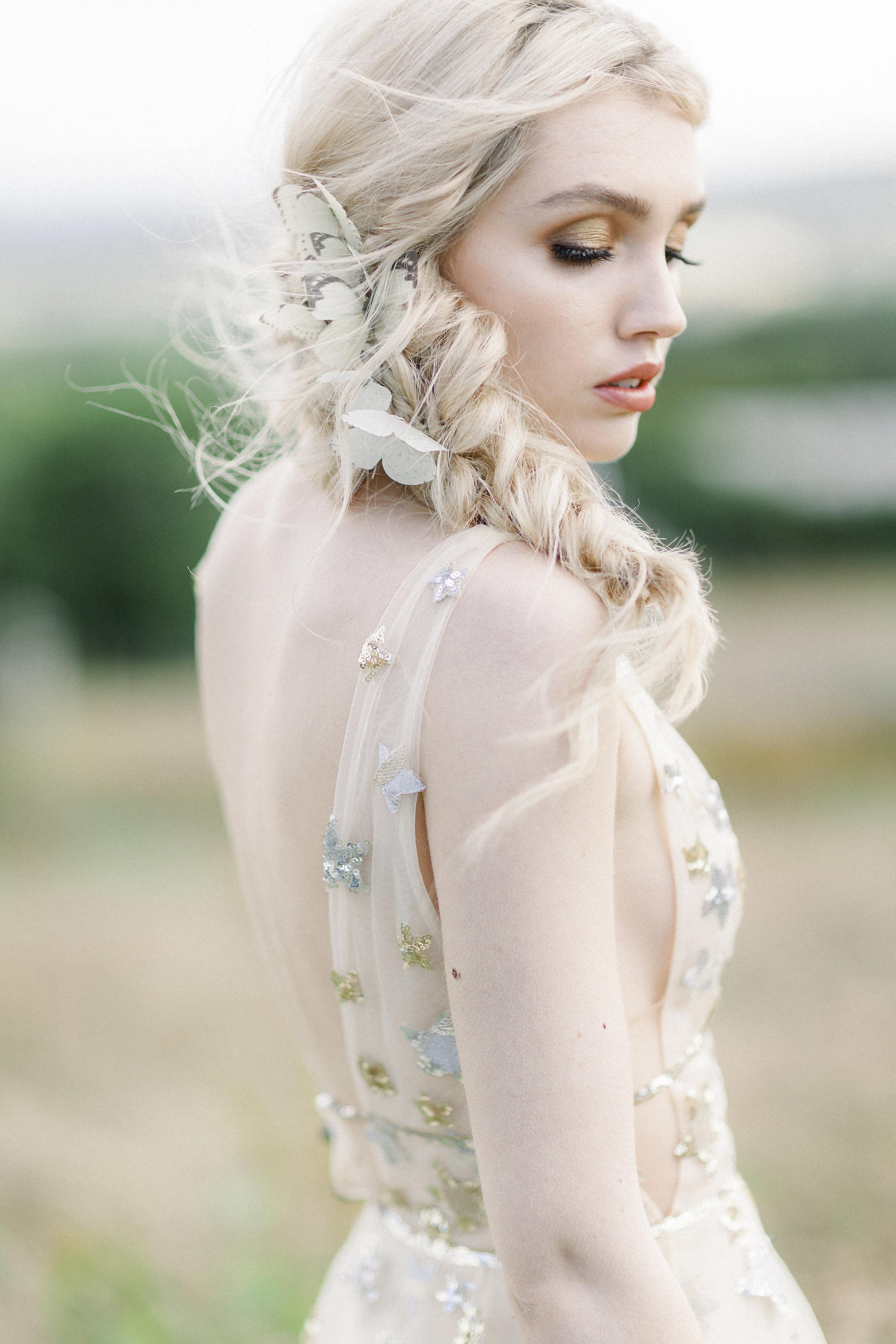 ethereal bohemian bride Boho Bride in Lace #bohobride #bohohair #braids #bohohairstyles  #hairoftheday #halfuphalfdown #bohostyle #weddinghair #bohemianbride #festivalhair #festivalbride #braid #bohowedding #cheshirebride #manchesterbride #weddinghairinspo  #cheshirewedding