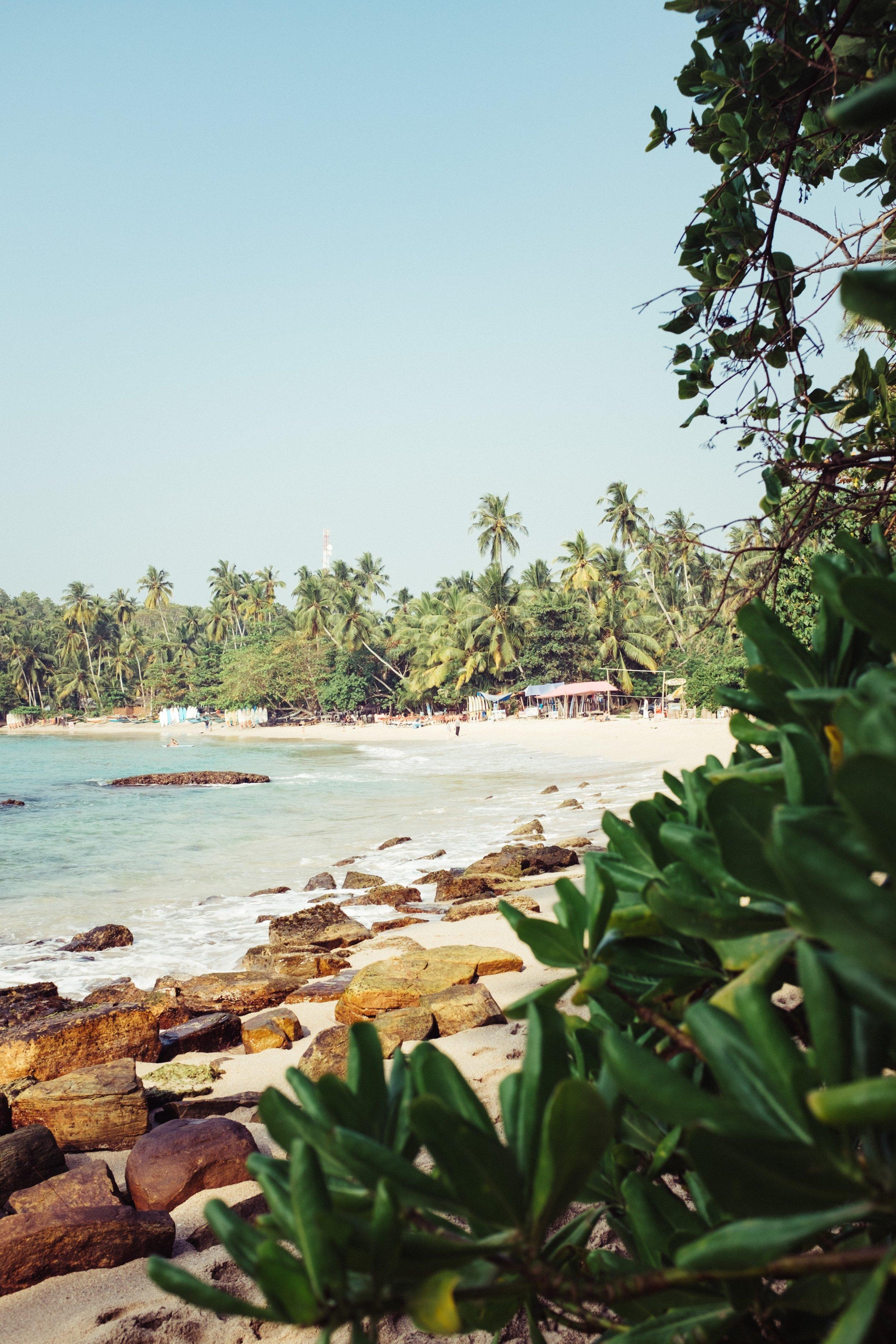 sri lanka beach what to pack travel tips