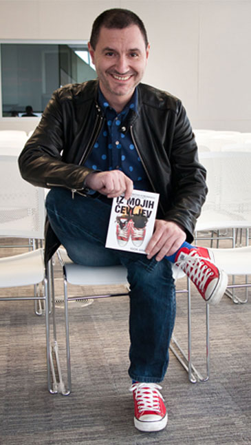 Igor Arih je kreativni direktor in lastnik podjetja Arih d.o.o. Rodil se je leta 1964 v istrskem Vodnjanu.