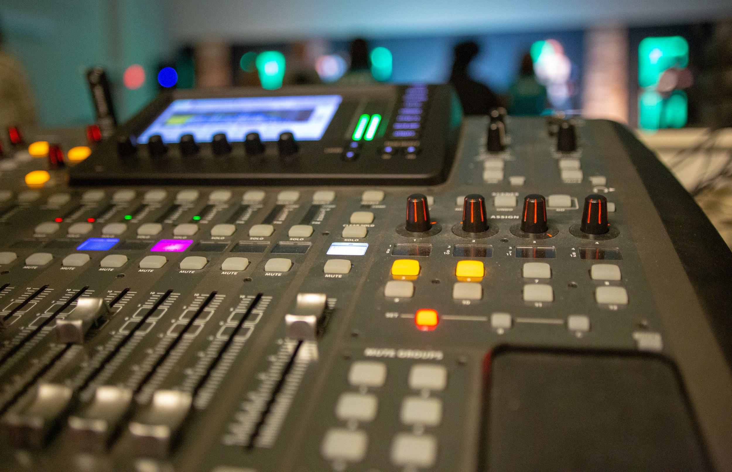 Audio/Visual/Lighting Team: Audio Engineer - Volunteer